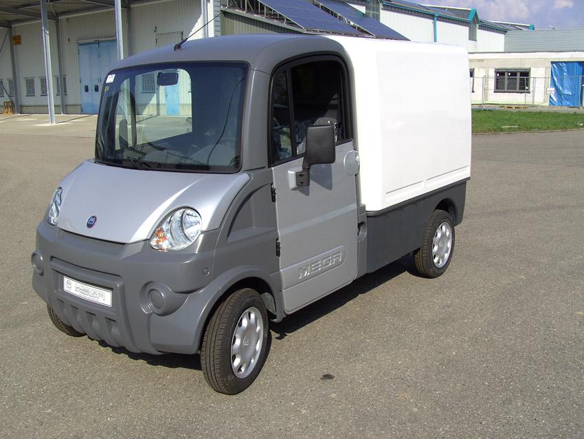 aixam leichtkraftfahrzeug mega multitruck lastwagen 45kmh. Black Bedroom Furniture Sets. Home Design Ideas